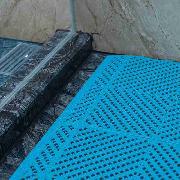 爱柯部落  洁伦疏水防滑拼块地垫转角-碧波蓝 12mm×5cm×5cm