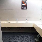 愛柯部落  潔倫經濟型疏水防滑拼塊地墊 60cm×120cm×7mm(8pcs) 灰黑色 衛生間,洗手臺,淋浴房區域防滑疏水