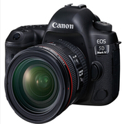 佳能 EOS 5D Mark IV 單反相機套餐 (含24-70F4鏡頭/包/64G卡/讀卡器)