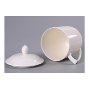 国产  带盖陶瓷白瓷杯 高度8.7cm,口径7.8cm